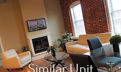 Living Room, 300 Bedford St 307, 0