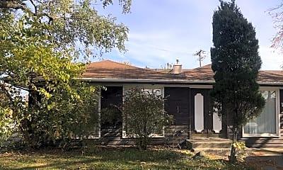 Building, 15001 Meadow Ln, 1