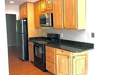 Kitchen, 9932 Whitewater Dr, 0