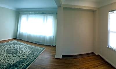 Bedroom, 1755 Banbury, 2