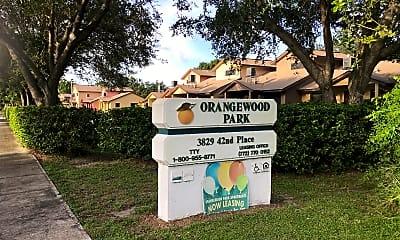 Orangewood Park Apartments, 1