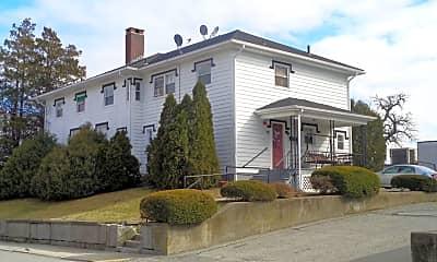 Building, 18 Cottage St, 2
