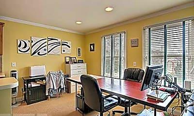 Dining Room, 304 W Wayne St, 1