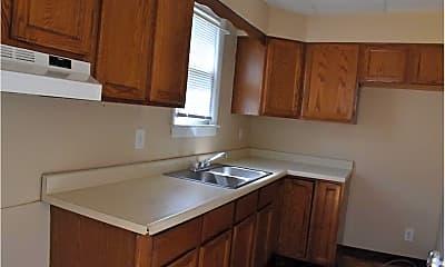 Kitchen, 1302 Oregon Ave, 1