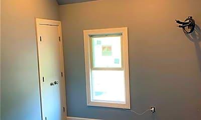 Bedroom, 33 Drew Ave, 2