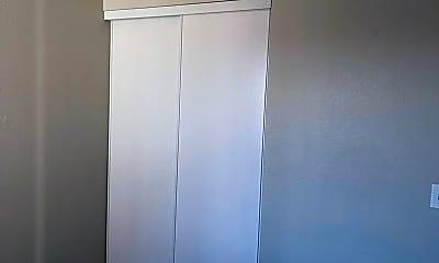 Bedroom, 2720 McCulloch Blvd N, 2