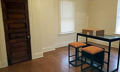 Dining Room, 3724 Lovell Ave, 0