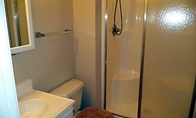 Bathroom, 4928 S 186th Ave, 2