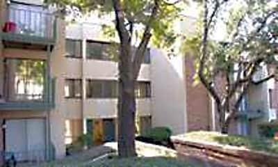 Hyde Park Condominiums, 2