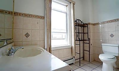 Bathroom, 509 Delafield Ave 2, 2