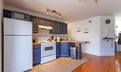 Kitchen, 3826 Lancaster Ave 2, 1