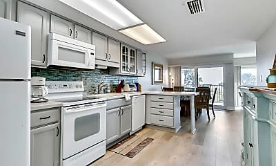 Kitchen, 411 1st St S 204, 1