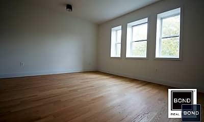 Living Room, 581 Macon St, 1