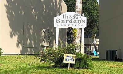 Community Signage, 302 St Andrews St E-103, 1