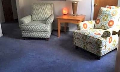 Living Room, 408 Catalpa Dr, 2