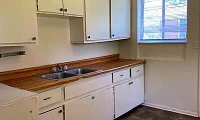 Kitchen, 213 Kendrick Ave, 1
