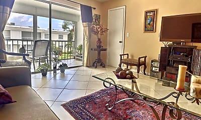 Living Room, 6215 Bay Club Dr, 2