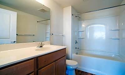Bathroom, Locust Street Loft Apartments, 2