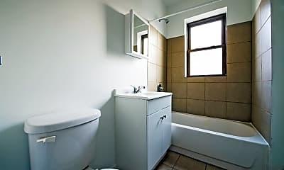 Bathroom, 7231 S Yates Blvd, 2