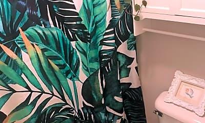 Bathroom, 410 Westwood Dr, 2