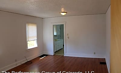 Living Room, 718 1/2 E 6th St, 1
