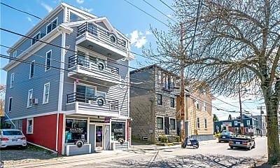 Building, 492 Thames St 4, 1