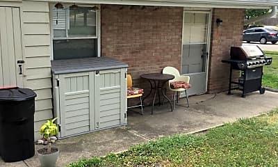 Patio / Deck, 212 Birch St, 2