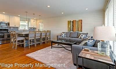 Living Room, 5124 Edmondson Pike, 1