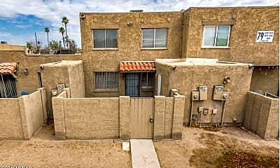 Building, 4522 E Pueblo Ave, 1