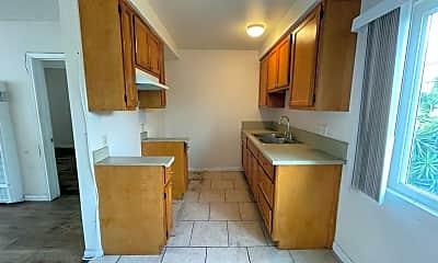 Kitchen, 10119 San Carlos Ave, 1
