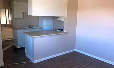 Kitchen, 1800 Prater Way, 2