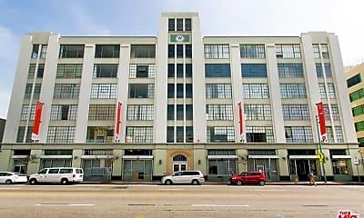 Building, 420 San Pedro St 529, 1