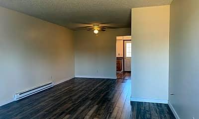 Living Room, 2415 E Mill Plain Blvd, 1