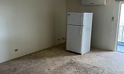Living Room, 1111 Wilder Ave, 2