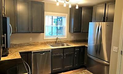 Kitchen, 1355 Charleston Ave, 2