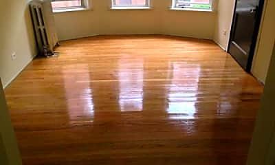 Living Room, 4031 W Melrose St, 1