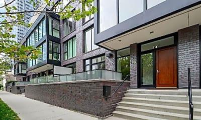Building, 198 N Park Dr, 0