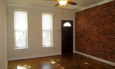 Bedroom, 870 W Lombard St, 1