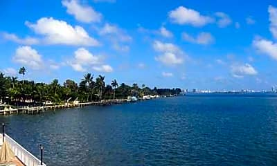 Miami Bay Club, 2