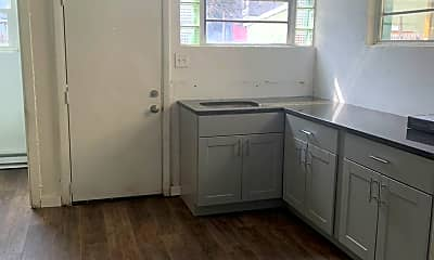 Kitchen, 636 N Lumber St, 1