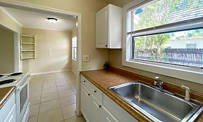 Bathroom, 5004 Webster Ave, 1