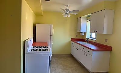 Kitchen, 5400 Snow Road, 2
