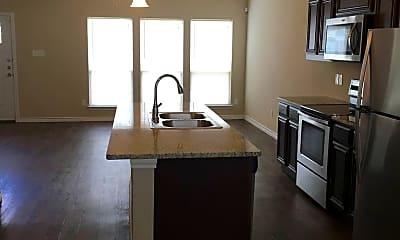 Kitchen, 101 E Maple Ridge Ct, 1