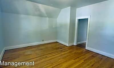 Bedroom, 218 N Oakland Ave, 1