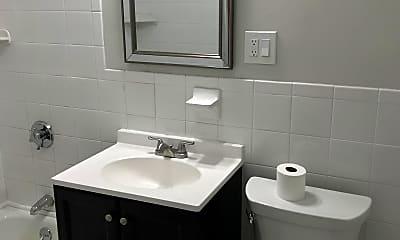 Bathroom, 34 Orkney Rd. #1, 1