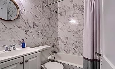 Bathroom, 2618 NW 12th St, 2