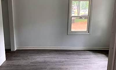 Living Room, 1803 N Hillcrest Ave, 2