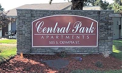 Central Park Apartments, 1