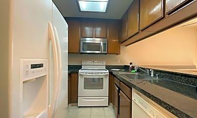 Kitchen, 201 Galano Plaza, 1