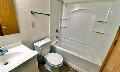 Bathroom, 202 6th Ave N, 1